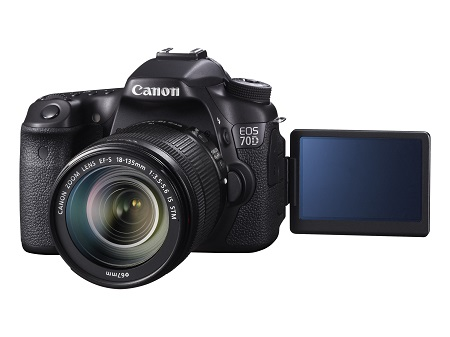 EOS 70D FSL VARI ANGLE MONITOR OPEN w EF-S 18-135mm IS STM
