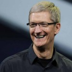 Director de Apple Tim Cook, orgulloso de ser gay